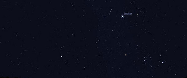 A shooting star flashes past Jupiter. You can select different intensities in the View window.
